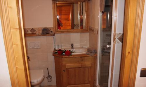 maison sauna gallery of location vacances maison niort profitez pleinement duun espace dtente. Black Bedroom Furniture Sets. Home Design Ideas