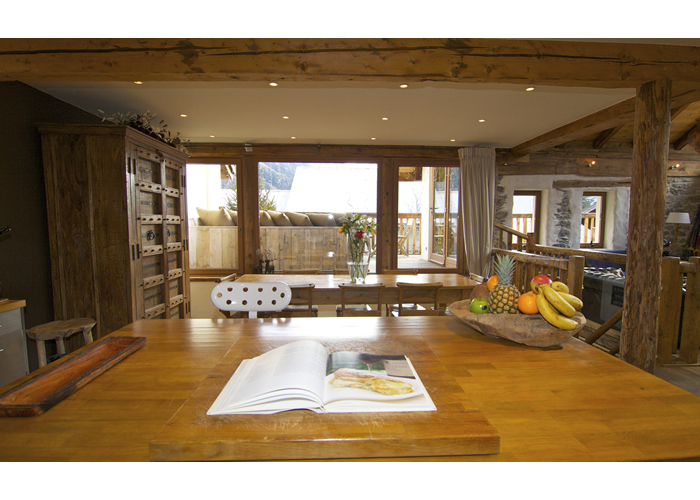 Chalet Bibendum - Four Bedrooms Catered Chalet in Les Bois, Chamonix